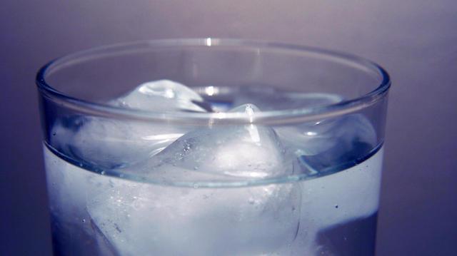 Drink water when walking